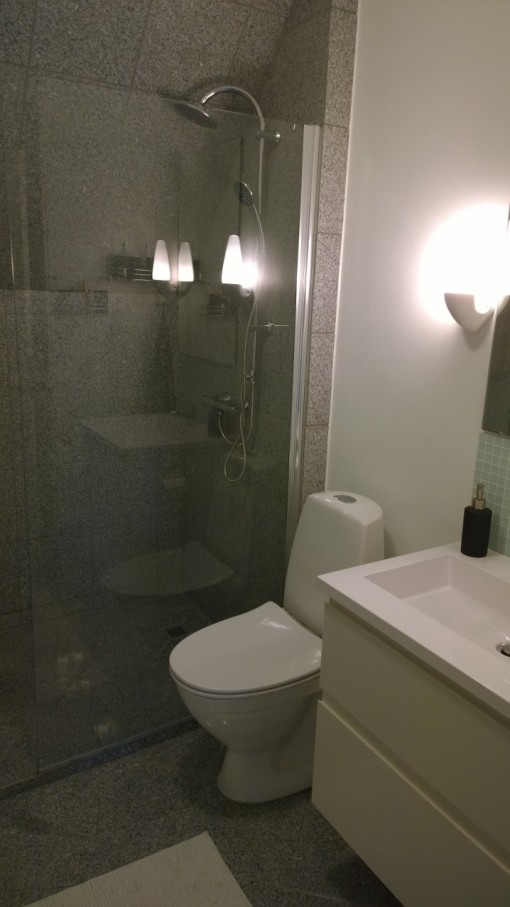 Badevaerelse_efter_renovering_HB_Ejendomme